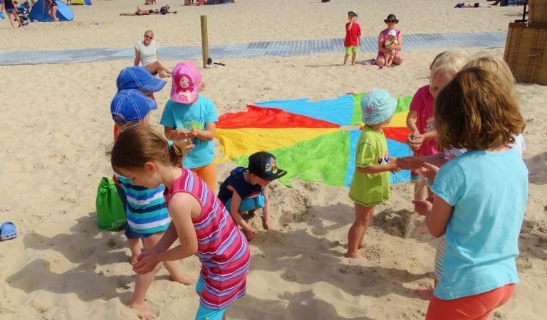 Strand-Sand-Spiele